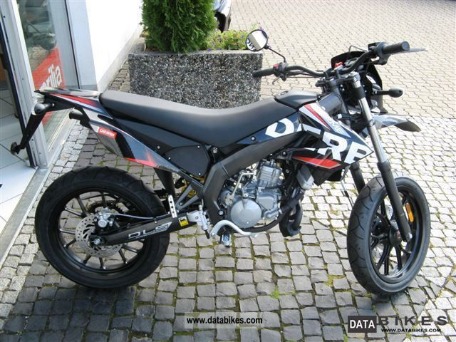 2011 derbi senda drd 50 x treme supermoto. Black Bedroom Furniture Sets. Home Design Ideas