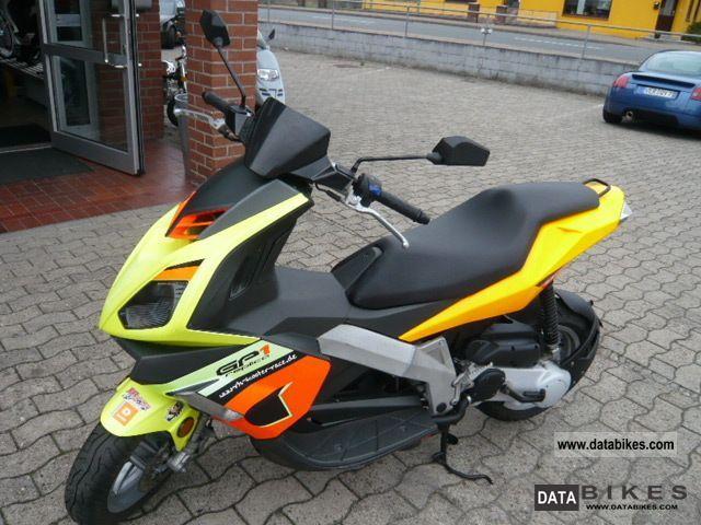 2008 Derbi  GP1 50cc Sport Motorcycle Scooter photo