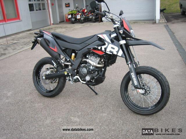 2011 Derbi  Senda 125 80 km / h Motorcycle Super Moto photo