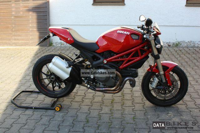 2011 Ducati  Monster 1100 Evo Motorcycle Naked Bike photo