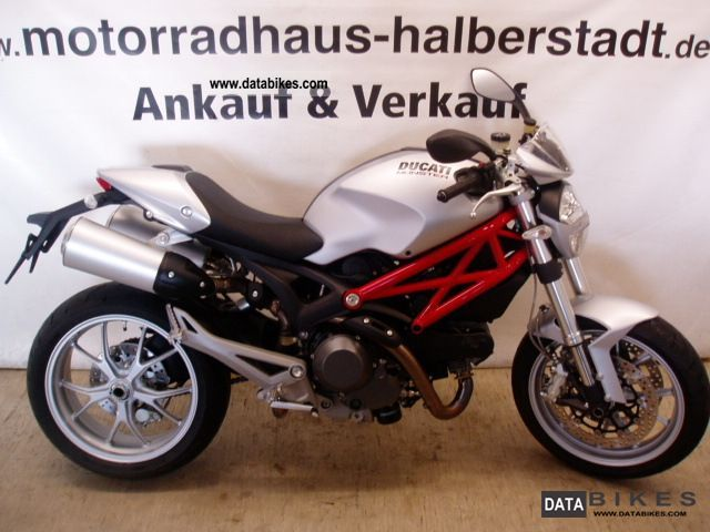 2009 Ducati  1100 Monster CREAM PART, financing, Gewährleistu Motorcycle Naked Bike photo