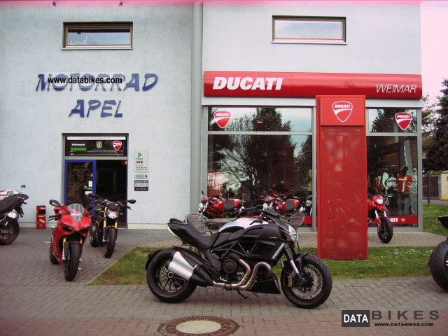 2011 Ducati  Diavel chromoly ducatileasing.com-stock Motorcycle Motorcycle photo