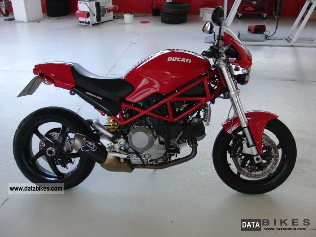 2007 Ducati  S2R 1000 Motorcycle Naked Bike photo