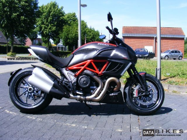 2011 Ducati  Diavel Carbon Red stock Motorcycle Motorcycle photo