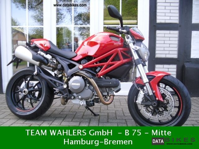2011 Ducati  MONSTER 796 Motorcycle Motorcycle photo