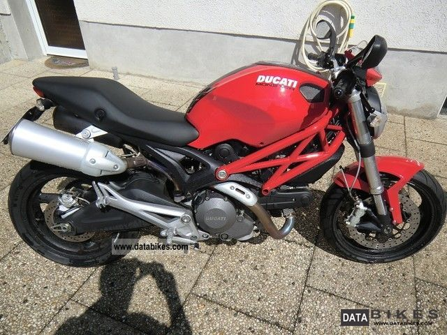 2008 Ducati  Monster 696 + Motorcycle Naked Bike photo