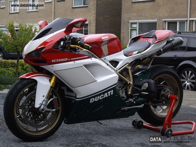2007 Ducati  1098S Tricolore Motorcycle Super Moto photo