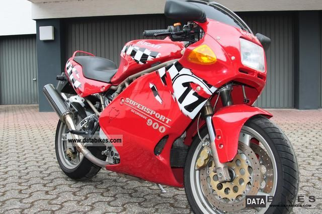 1995 Ducati  SUPERSPORT 900 Motorcycle Sports/Super Sports Bike photo