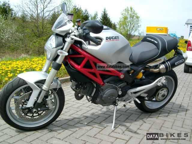 2010 Ducati  Monster 1100 ABS Motorcycle Motorcycle photo