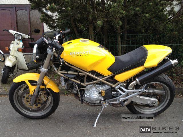 2000 Ducati  monster 900 Motorcycle Naked Bike photo