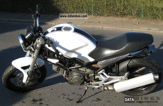 2000 Ducati  Monster 600 Motorcycle Naked Bike photo