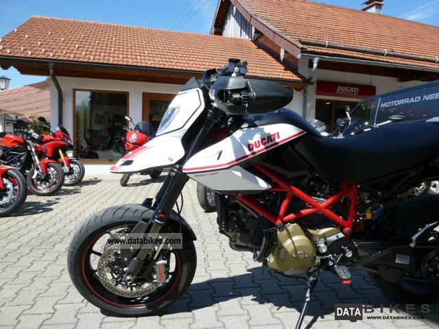 2011 Ducati  Hypermotard 1100 EVO SP Motorcycle Sports/Super Sports Bike photo