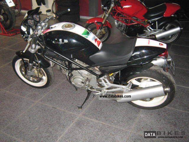 2000 Ducati  Monster 900 I.E. Motorcycle Naked Bike photo