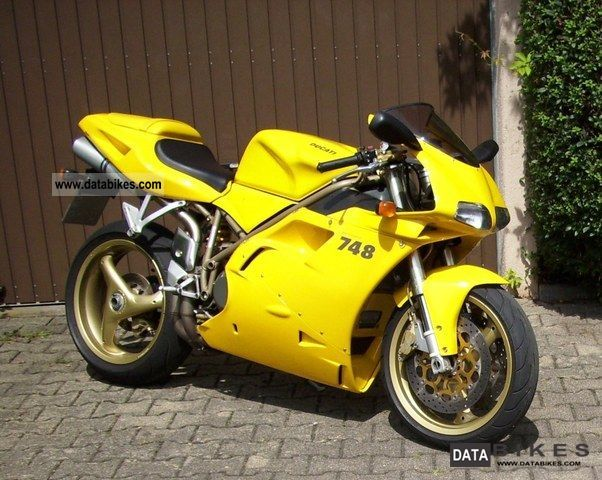 1999 Ducati  748 S \ Motorcycle Sports/Super Sports Bike photo