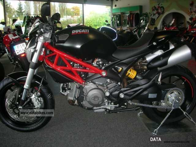 2012 Ducati  Monster, Monster 796 mà ¶ suitcase system resembled Motorcycle Naked Bike photo