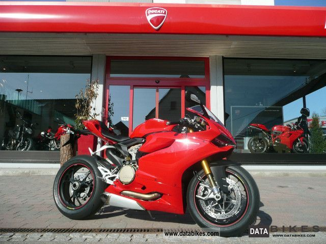 2011 Ducati  Superbike 1199 S Panigale Motorcycle Sports/Super Sports Bike photo