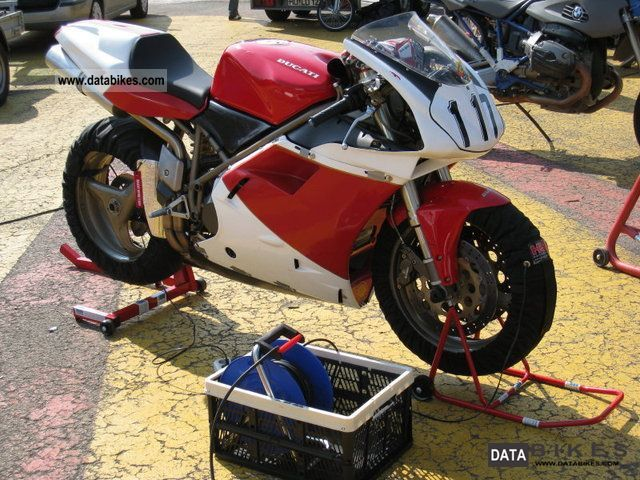 Ducati  748 *** *** with lots of accessories 1997 Racing photo