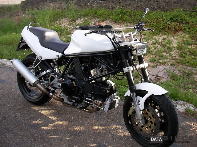 1992 Ducati  900 SS Motorcycle Naked Bike photo