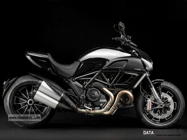 Ducati  Diavel Cromo ABS, shipping nationwide € 99, - 2011 Naked Bike photo