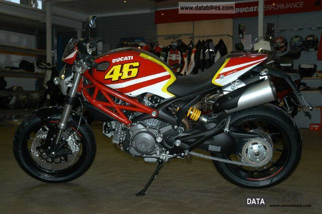 Ducati  Monster 796 with ABS-type paint kit Rossi or Cors 2011 Naked Bike photo