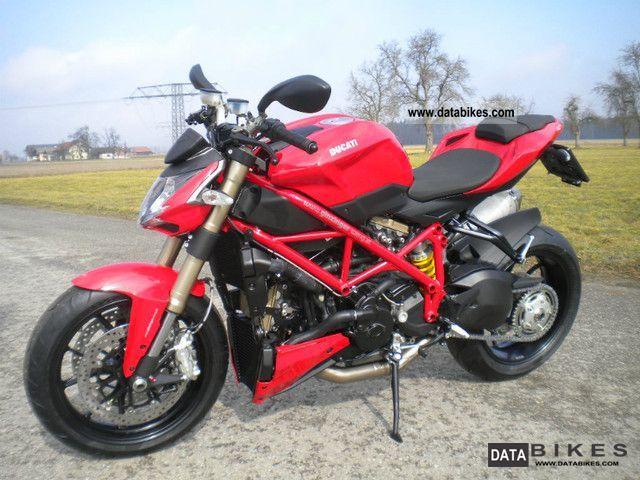 2012 Ducati  Street Fighter 848 Motorcycle Naked Bike photo