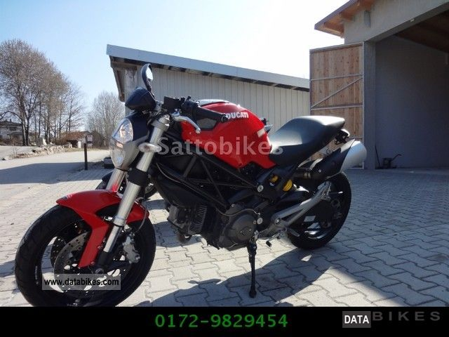 Ducati  Monster 696 TUV Warranty NEW 2010 Naked Bike photo