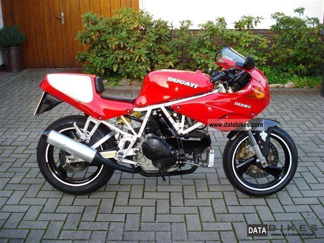 1992 Ducati  SS 750 Nuda Motorcycle Sports/Super Sports Bike photo