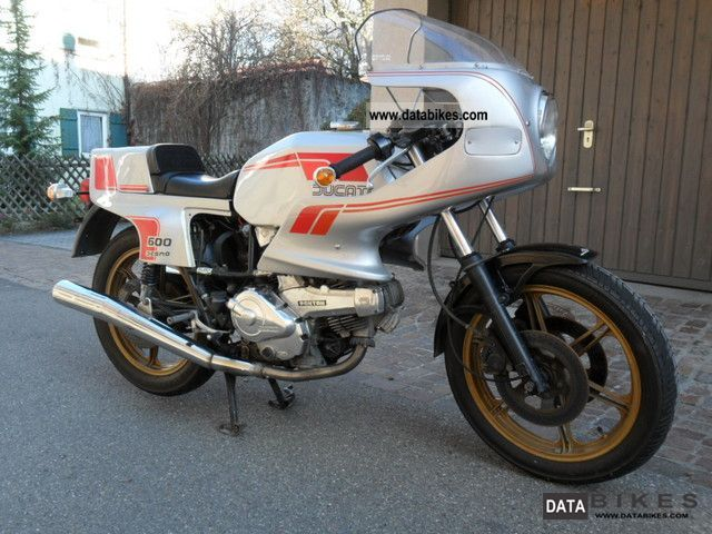 1984 Ducati  Pantah 600 Motorcycle Sports/Super Sports Bike photo