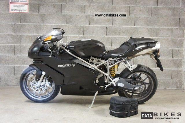 2004 Ducati 749 Dark