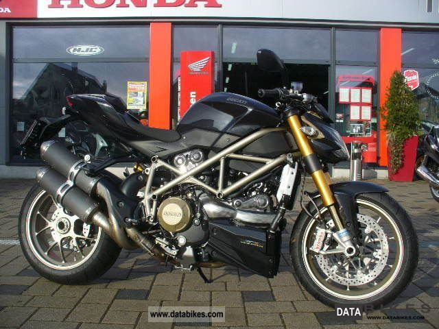 2010 Ducati  Streetfighter S ** 5 km ** NEW CONDITION ** Motorcycle Naked Bike photo