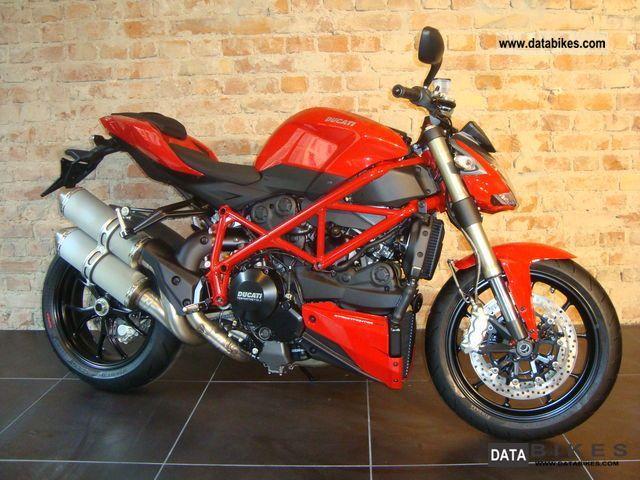 2011 Ducati  Street Fighter EVO 848, DTC, Model 2012 Motorcycle Naked Bike photo