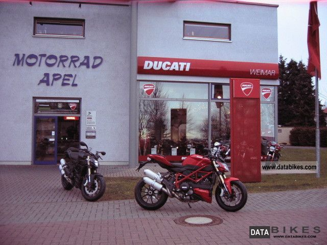 2011 Ducati  Street Fighter 848 RED - available immediately - Motorcycle Streetfighter photo