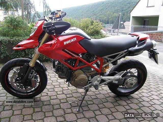 2009 ducati hypermotard 1100 s 2011 ducati monster 796 service manual Ducati Monster 696 2011 Cafe Racer