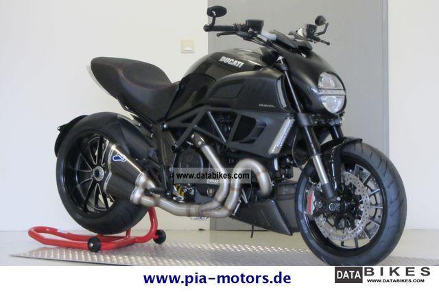 2011 Ducati  Diavel ABS Performance Motorcycle Naked Bike photo