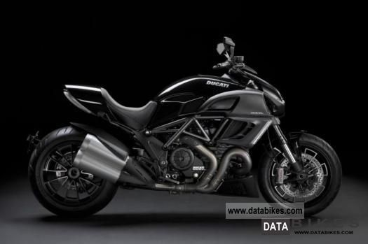 2011 Ducati  Diavel 1200 ABS, shipping nationwide € 99, ​​- Motorcycle Naked Bike photo