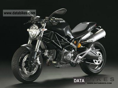 2011 Ducati  MONSTER 696 + ABS - available immediately - 2012 Motorcycle Naked Bike photo