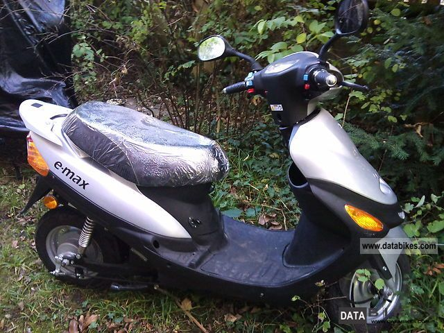 e-max  1500 2004 Electric Motorcycles photo