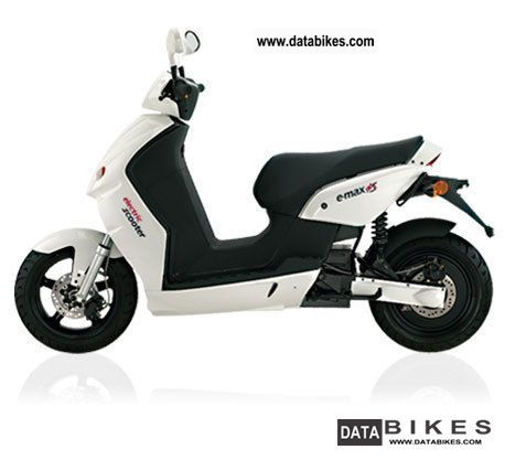 e-max  110 S ELECTRIC - ROLLER \ 2011 Electric Motorcycles photo