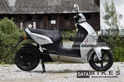 e-max  90 S electric scooter ** ** ** new vehicle 2011 Electric Motorcycles photo