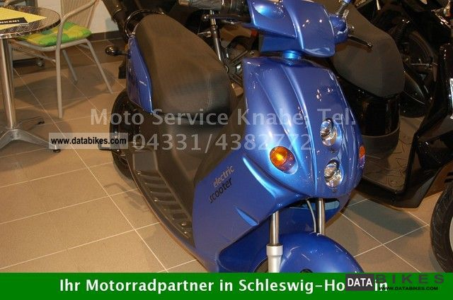 e-max  110 S 2011 Electric Motorcycles photo