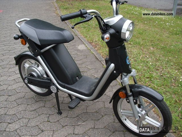 E-Ton  E-MO \ 2011 Electric Motorcycles photo