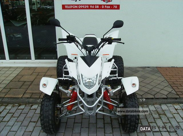 Explorer  TRASHER 520 (48 HP WITH EVEN HAVE TO) 2011 Quad photo