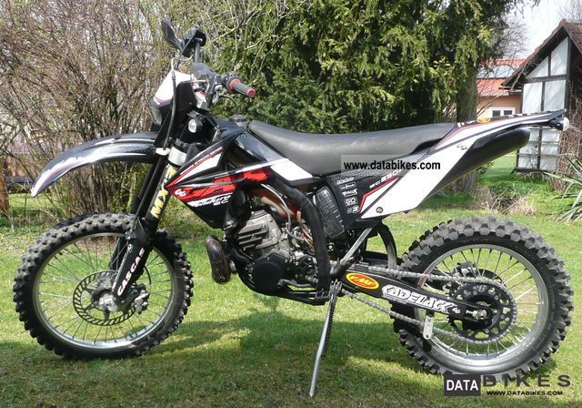 2009 Gasgas  EC 300 Motorcycle Enduro/Touring Enduro photo