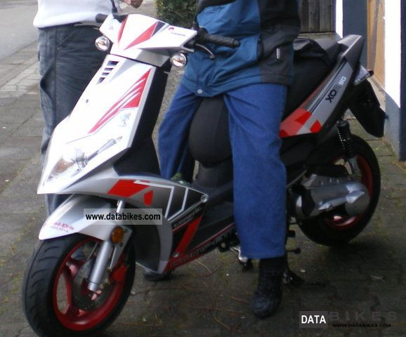 2007 Generic  XOR50 Competition (Sports) Motorcycle Scooter photo