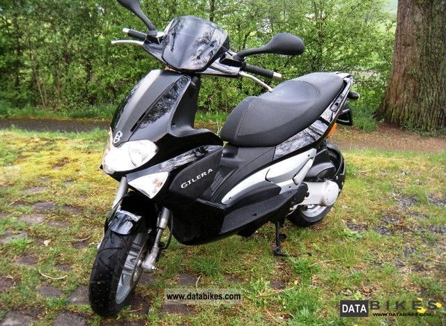 2007 Gilera  Runner Purejet 50 Motorcycle Scooter photo
