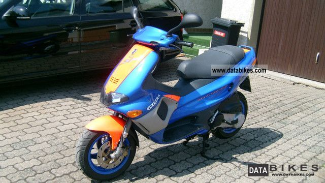 2001 Gilera  Runner Motorcycle Scooter photo