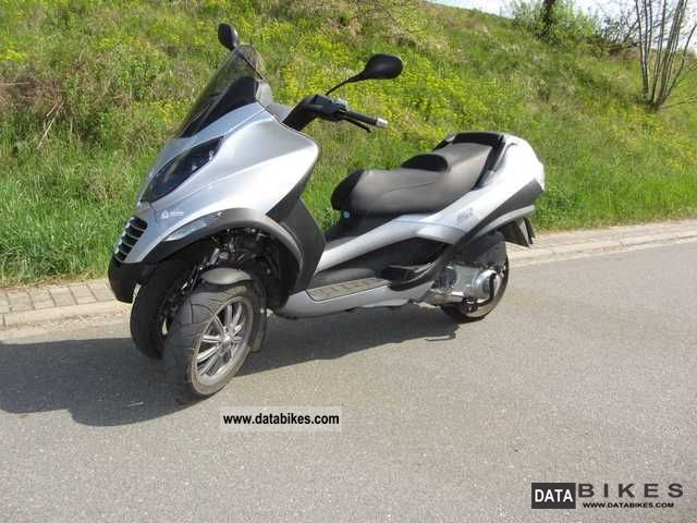 2007 Gilera  MP3 Motorcycle Scooter photo