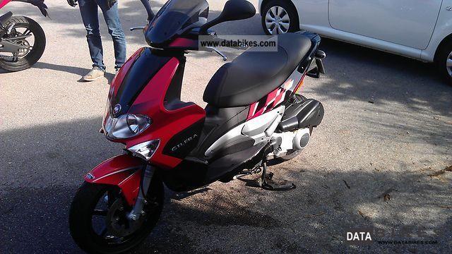 Gilera  Runner 125 VX 2007 Scooter photo