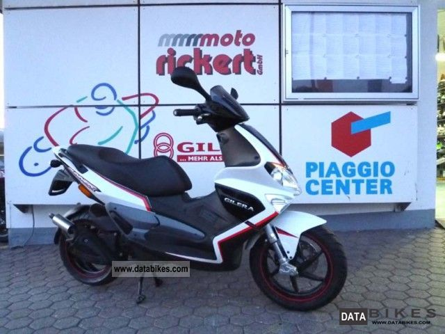 2011 Gilera  Runner 50 Pure Jet ALL COLORS! Motorcycle Scooter photo
