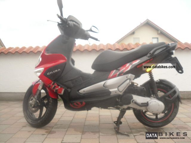 2005 Gilera  Runner 50 SP Motorcycle Scooter photo